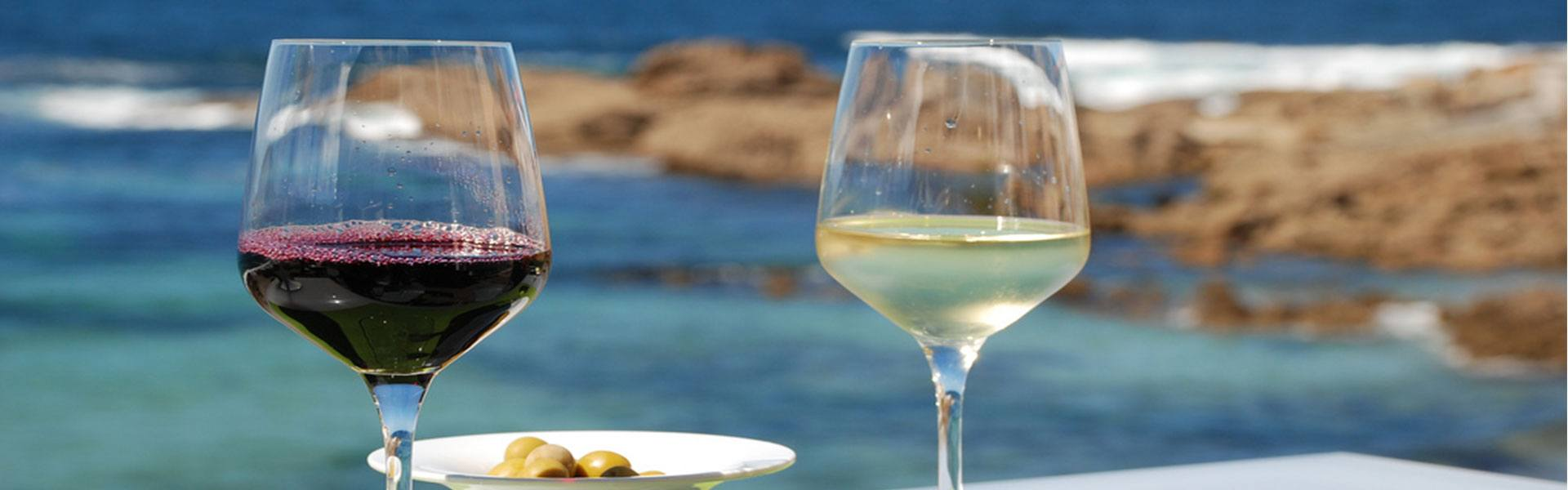 https://www.cruisegalicia.com/wp-content/uploads/2017/02/Enjoy-the-best-foods-and-wines.jpg